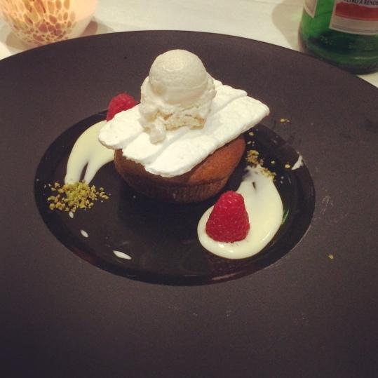 Cuore caldo di pistacchio direttamente dalle cucine de Mediterra Restaurant